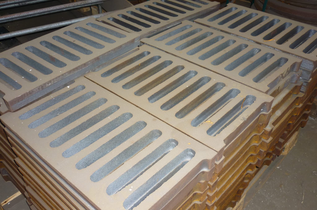 CHANNEL GRATINGS